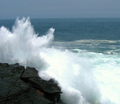 Allerta meteo in Toscana per vento forte e mareggiate