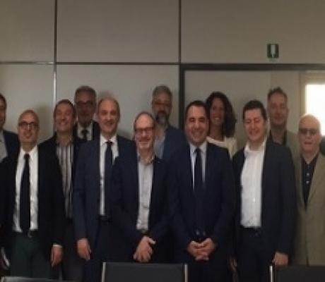 ECONOMIA - Misure straordinarie per le imprese da Confesercenti e Italia Comfidi