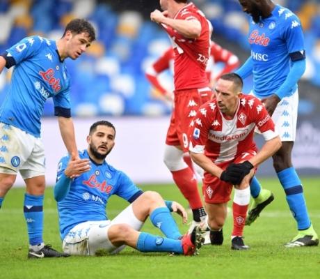 Napoli-Fiorentina è goleada, 6-0. Galleria Immagini
