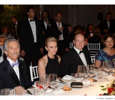 """Torna il """"Ballo del Giglio"""", gran Galà della Fondazione Principe Alberto II di Monaco"""