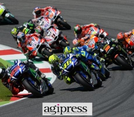 MOTO GP - Mugello, le immagini della gara vinta da Lorenzo