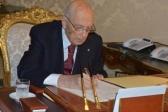 Napolitano firma l'atto di dimissione da Capo dello Stato