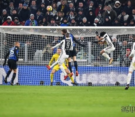 Il derby d'Italia Juventus-Inter finisce 0-0. IMMAGINI