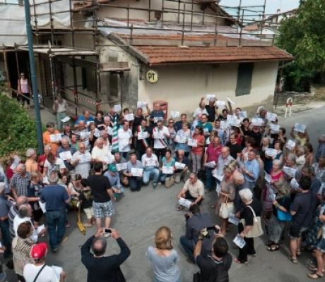 ISTITUZIONI IN PIAZZA CONTRO POSTE, MARCIA SU FIRENZE PER DIRE NO A CHIUSURA SPORTELLI